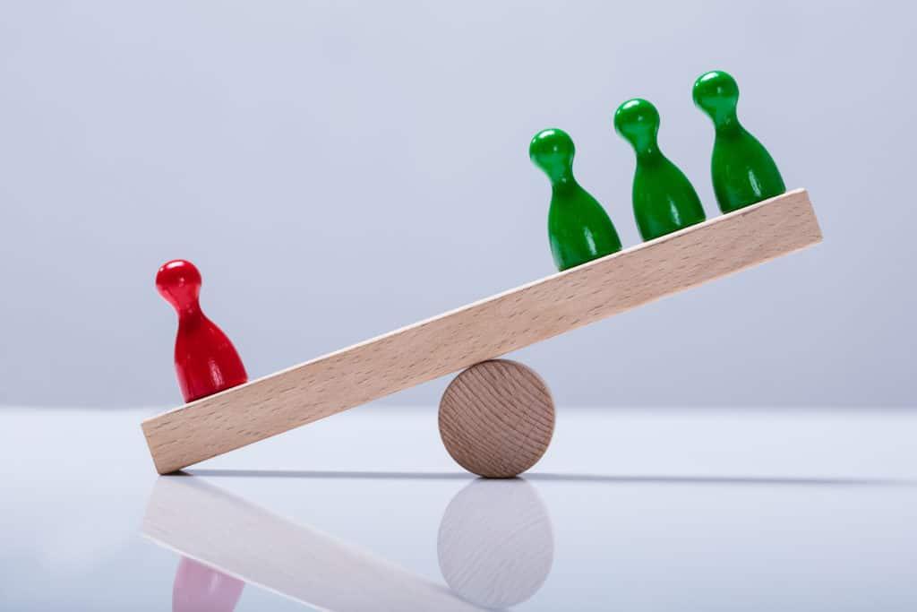 Teamarbeit in der Layoutplanung ist nicht einfach umzusetzen, denn es gibt viele Beteiligte und Betroffene. Die richtige Balance zu finden gilt als Herausforderung.
