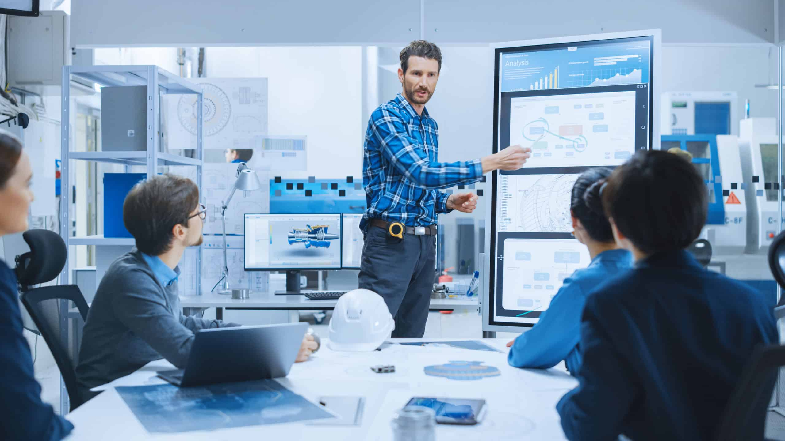 training of employees for digitalization of the production in a manufacturing company